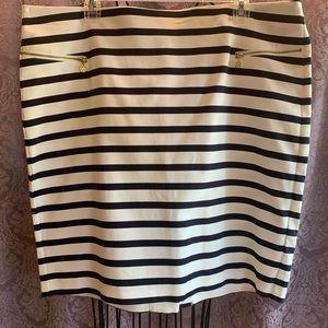 Anne Klein Blue and White Horizontal Striped Skirt